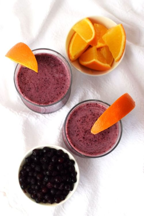 wild-blueberry-creamsicle-smoothie-overhead-vert-5