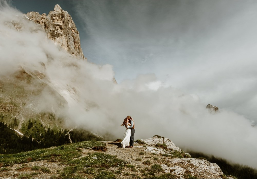 Adam & Michelle's hiking elopement in the Dolomites by Wild Connections Photography