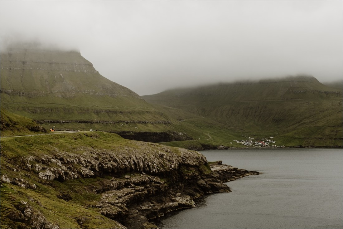 A foggy elopement in the Faroe Islands by Wild Connections Photography