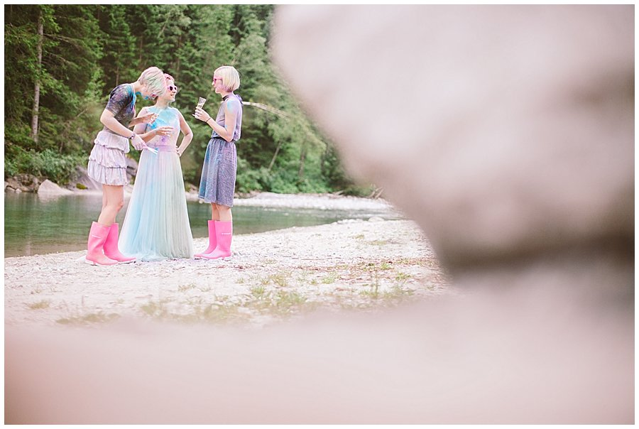 Trash The Dress Photo Shoot Austria - Bride  talking to her sisters by Wild Connections Photography