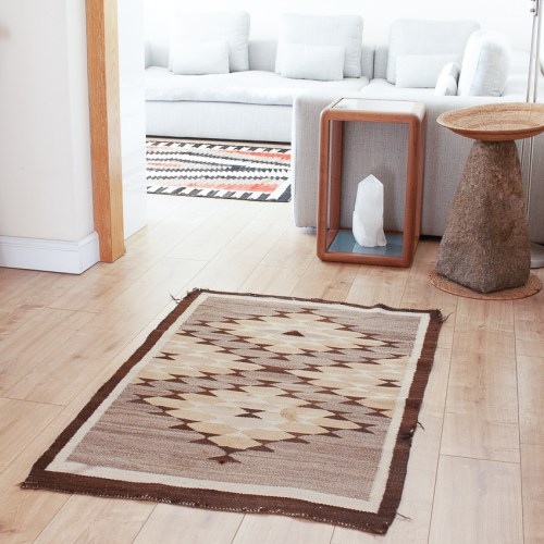 Brown Rug Crystal Region