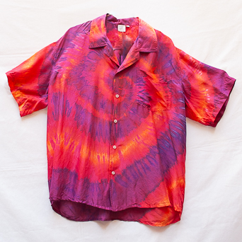 Red Purple Spiral Shirt L