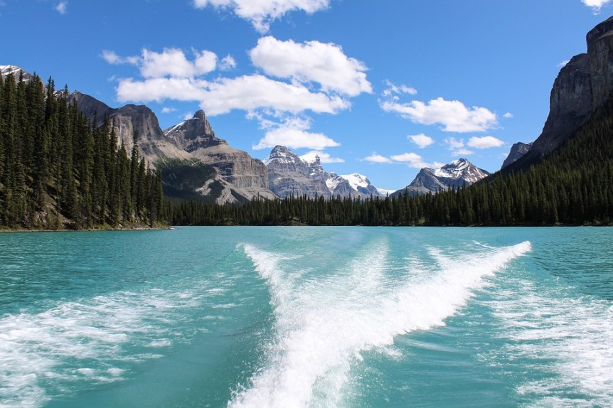 Maligne Lake, 6 Top Tips to Make the Most of the Canadian Rockies