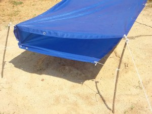 Double-roofed desert tarp shelter