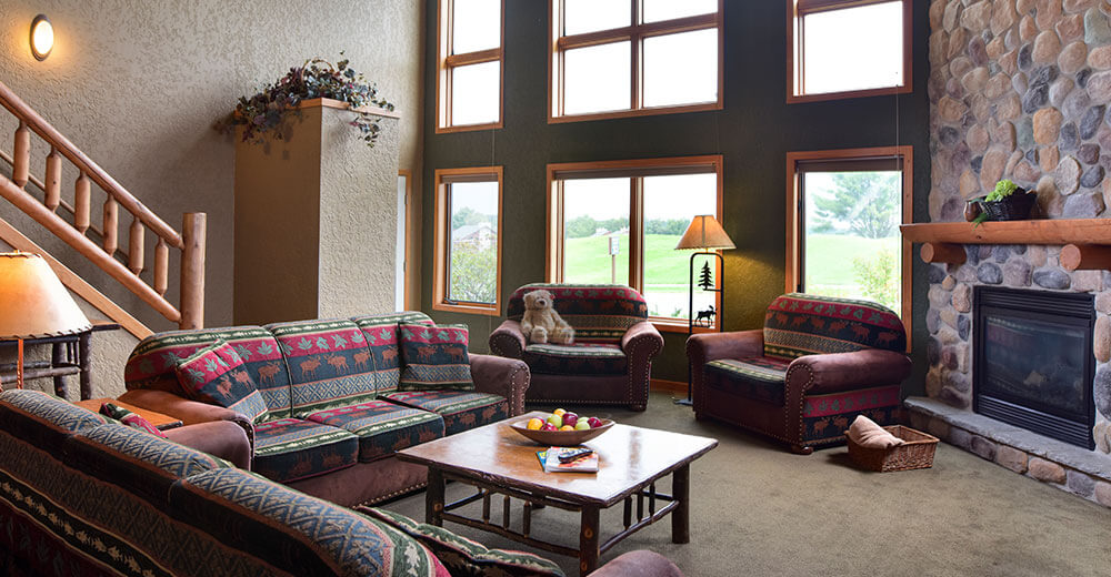 square sofa beds cheers clayton motion leather and loveseat 3 bedroom frontier condo | wilderness resort wisconsin dells