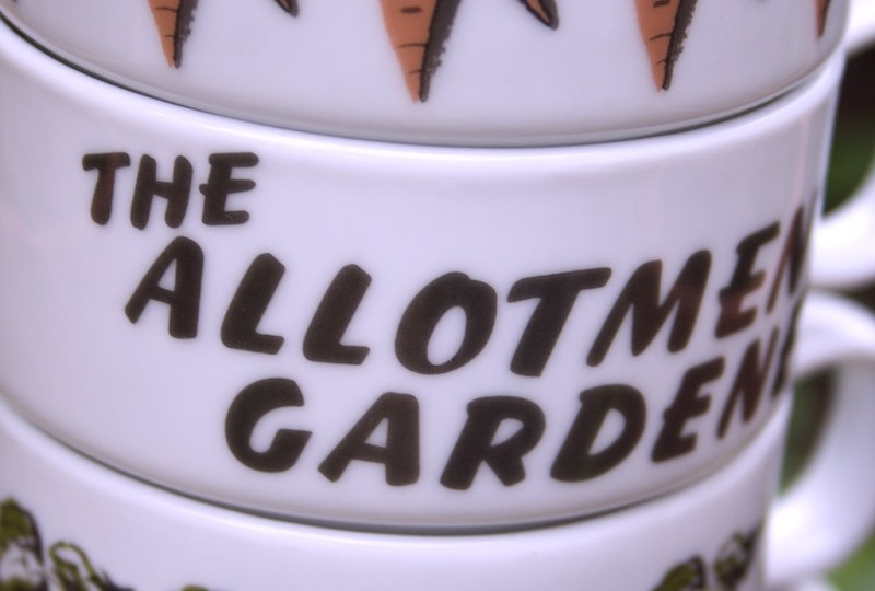 stacking allotment mugs