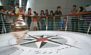 California_Academy_of_Sciences_Foucault_Pendulum_Clock