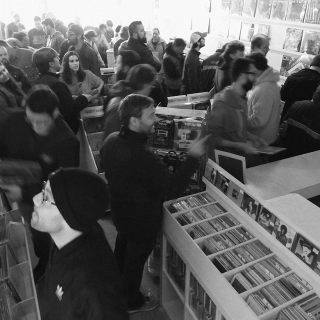 knoxville record store day 2018 open late