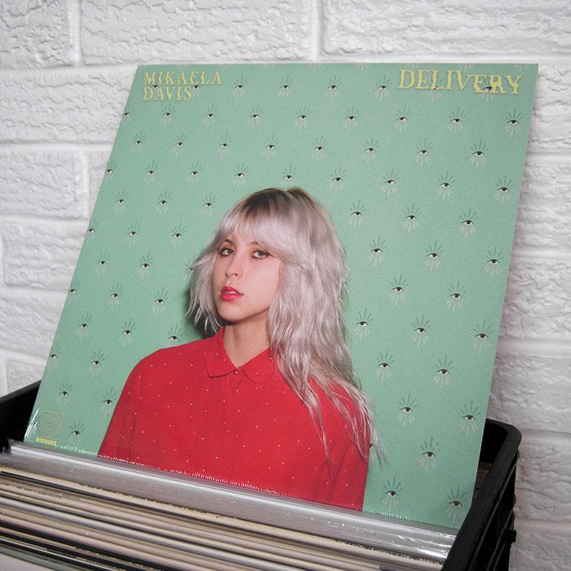 01-new-vinyl-o800px