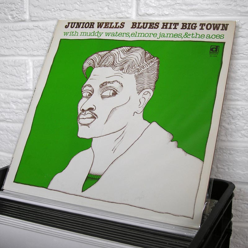 07-JUNIOR-WELLS-blues-hit-big-town-o800px