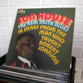 15-blues-vinyl-o1080px