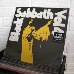 02-black-sabbath
