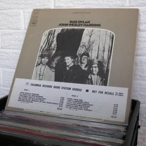 vintage-vinyl-dig-06