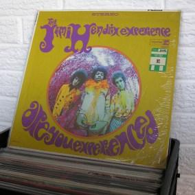vintage-vinyl-dig-13