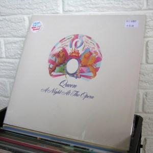 QUEEN vinyl record - new
