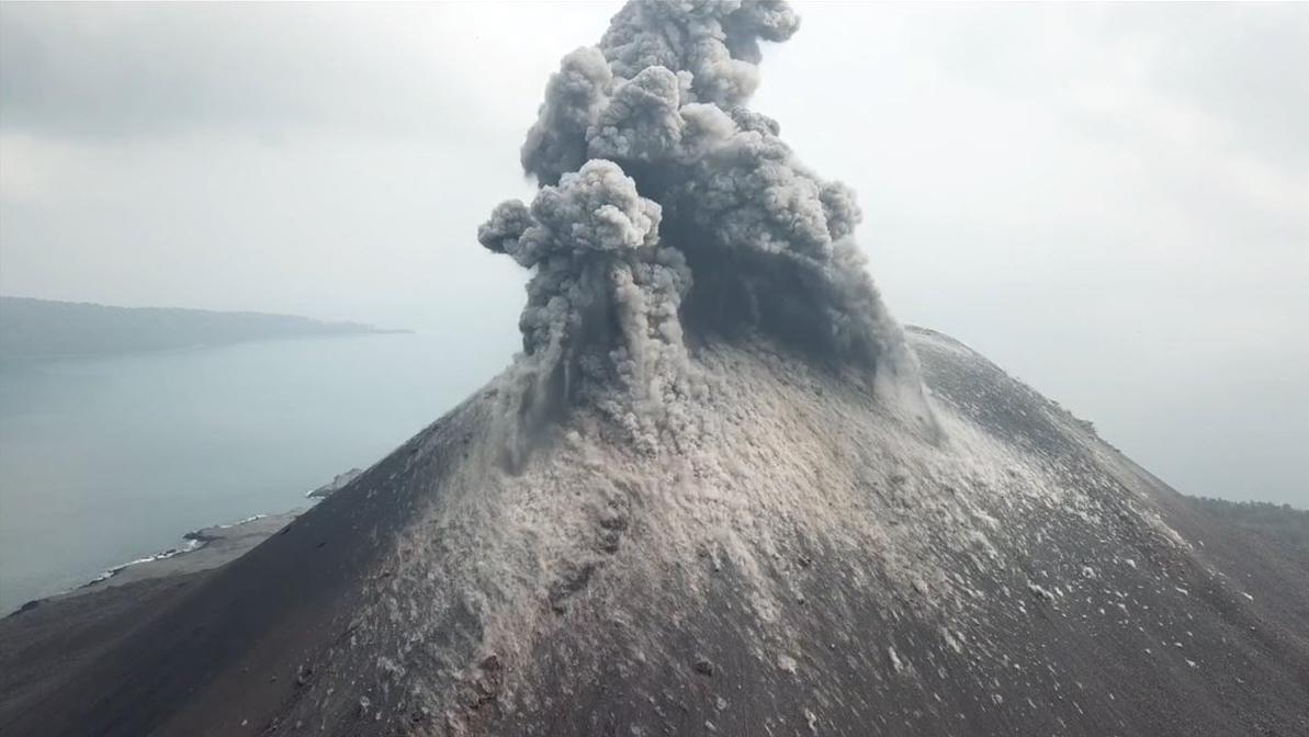 Anak Krakatoa eruption. Indonesia - Most Beautiful Picture - Wildlife Archives   Wildlife Archives