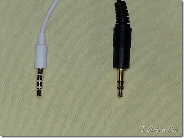 A TRRS plug on the left, TRS on the right