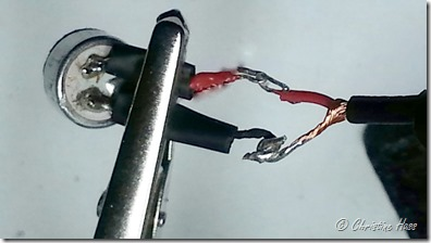Hooking cable to electret wires