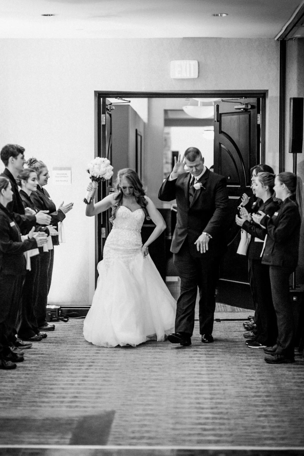 wild-native-photography-pittsburgh-wedding-photographer-courtney-frank_1753