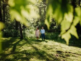 Danielle + Frank // Wellsburg, WV- Engagement Shoot