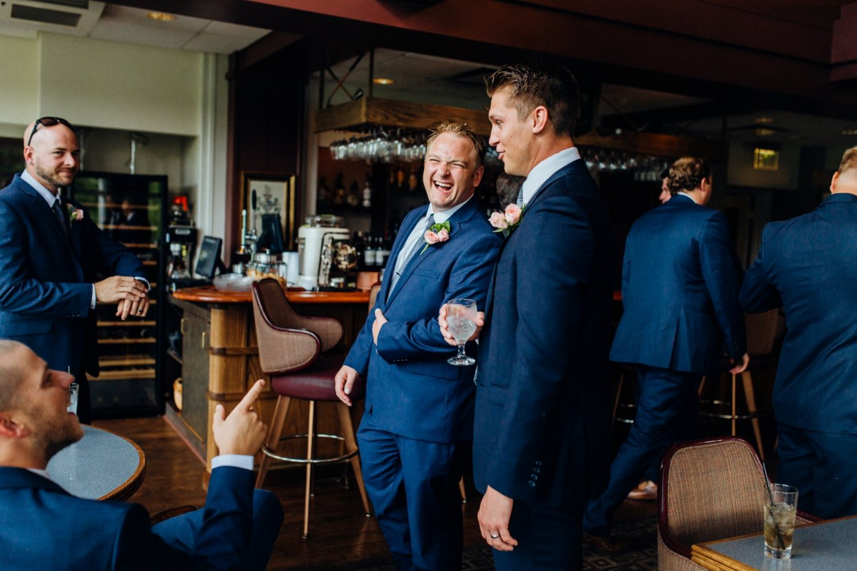 wild-native-photography-modern-pittsburgh-wedding-photographer-butler-country-club_1074