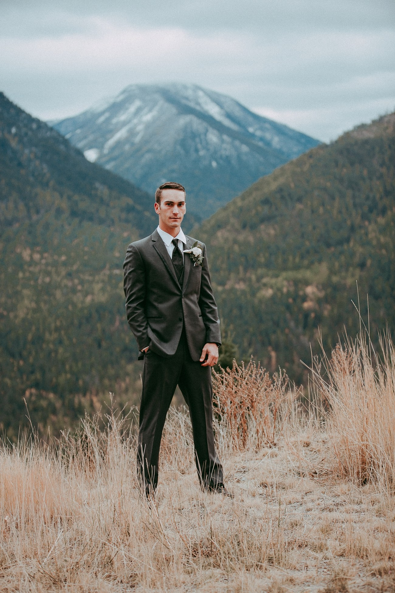 adventure session,banff wedding,canmore wedding,cherry creek estate,cherry creek estates,miss hayley paige,