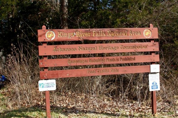 The sign marking the trail head to the Kings River Falls Natural Area.