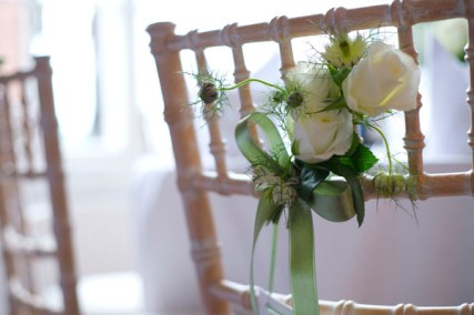 chair-posies-cream-vintage-wedding