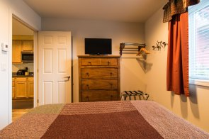 Wild Strawberry Lodge Suites have a flatscreen TV in every room