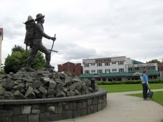 Alexander Baranof statue in front of the Sitka Hotel and Fur Gallery shop