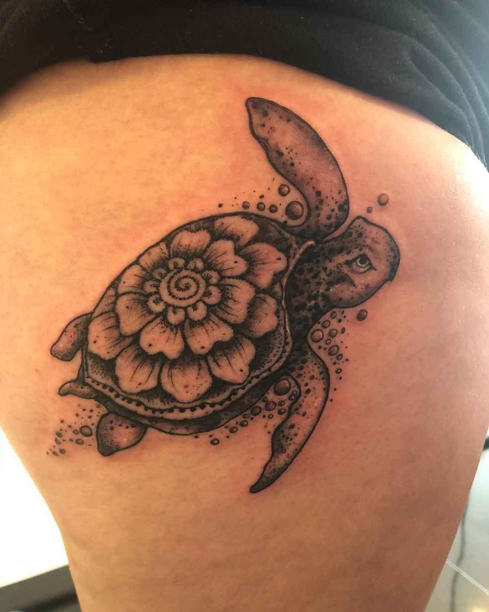 125 Unique Turtle Tattoos With Meanings And Symbolisms That You Can