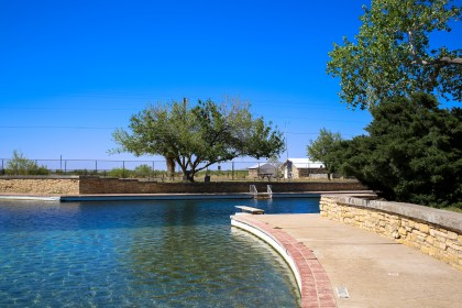 San Solomon Springs, Balmorhea, West Texas | Photo credit: Lars Plougmann