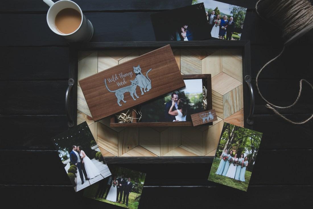 Dark wooden Wedding USB package