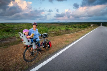 Cyle tour with kids