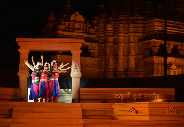 Dancers at Khajuraho dance festival