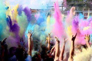 Farbe bekennen - Holi in Calden