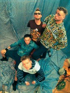 Die Fantastische Vier als sie noch etwas jünger waren. Auch von den beliebsten Deutsch-Rappern wird es was zu hören geben. Leider aber nur aus der Konserve.
