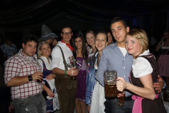 O'zapft is! - 4. Höxteraner Oktoberfest im Bolzano