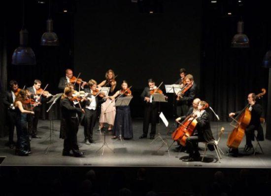 Orchesterliebhaber gewünscht! Kammerorchester der europäischen Union in Paderborn