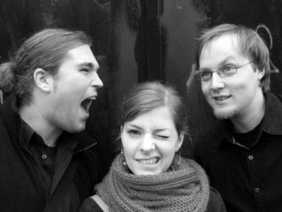 Jentzen Groh Sommerfeld Trio Pressefoto Komödie_1