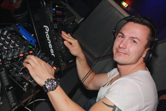 DJ-Breeze
