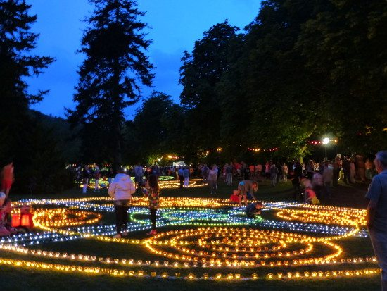 Bad Wildunger Kurpark im Glanz der 15.000 Lichter
