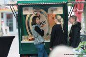 Oktoberfest in der Glaspassage: Bier, Blasmusik und offene Geschäfte