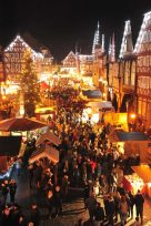 Der Fritzlarer Marktplatz (Foto: Peter Zerhau)