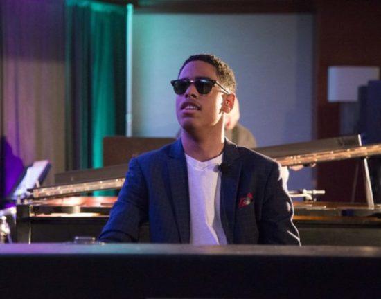 Erstaunliches Jazz-Talent erstmals in Deutschland: Pianist Matthew Whitaker groovt am 16. November im Theaterstübchen!