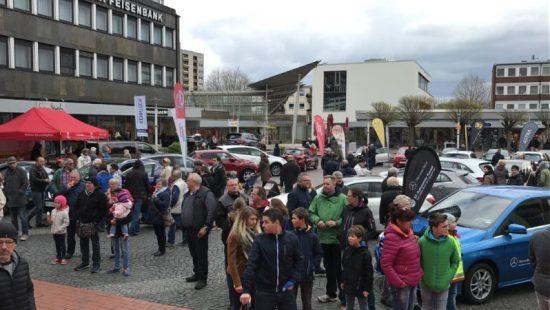 Elektro ist Trend! Automobil-Ausstellung in Baunatal