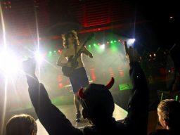 Hard-Rock Gala! Das war der AC/DC Tribute We Salute You in Scherfede