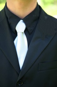 white-tie & black-shirt, tuxedo.   Manteresting