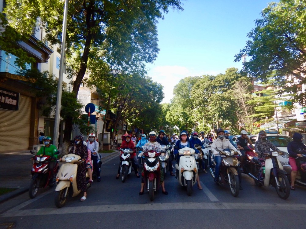Traffic in Hoian