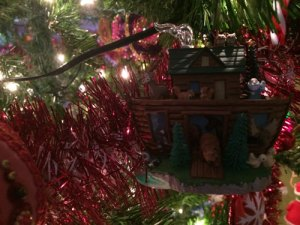 Happy Holidays 2015-Noah's-Ark-3